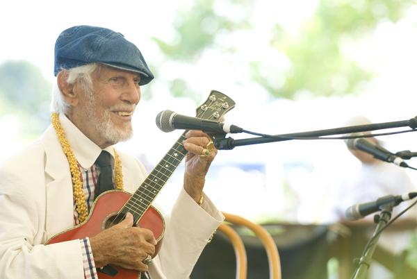 Ukulele Legend: Bill Tapia