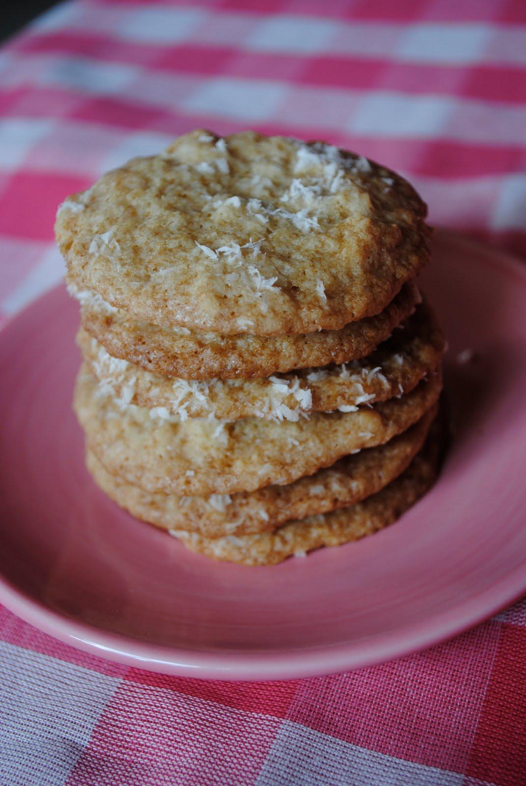 Coconut Macademia Nut Cookies No Ka 'Oi!