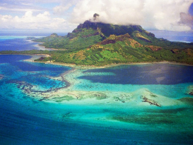 The Award for Best Island in Oceania goes to…